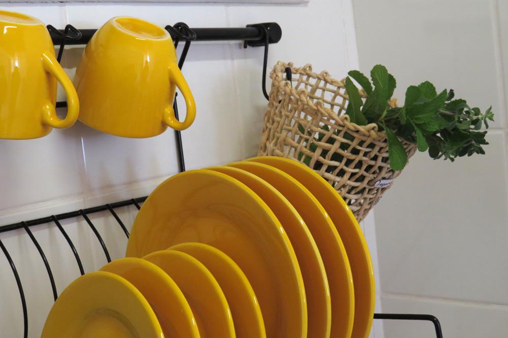 Casa Enxaimel no sitio Pedras Rollantes em Alfredo Wagner, na foto detalhe cozinha do Estudio Nascente.
